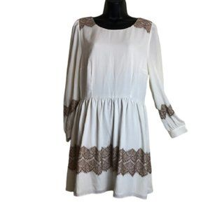 Darling cream dress SZ XL peep back tan lace. Trim